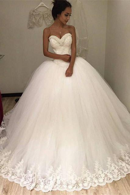 pearl beads sweetheart ivory lace ball gowns wedding dress